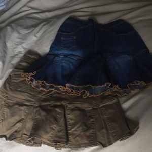Lot-2 Children's Place skirts w/built in shorts